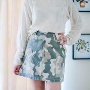 Old navy camp skirt